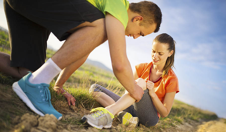 4 Natural Ways To Promote Healing From Sports Injuries